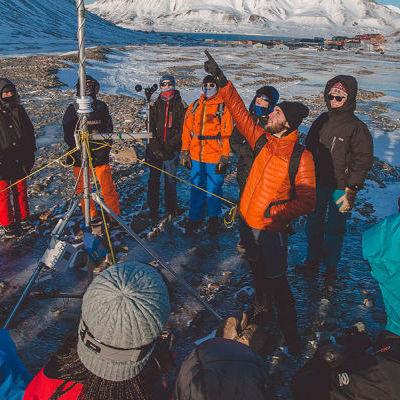 Une station météo au Svalbard