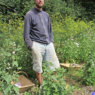 Yves-Patrick Gendron, producteur de plantes aromatiques, médicinales et tisanier